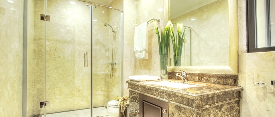 Custom and Frameless Shower Doors and Tub Enclosures